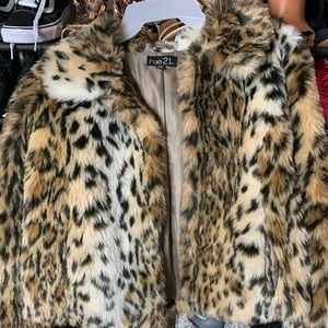 Cheetah Puffy Coat